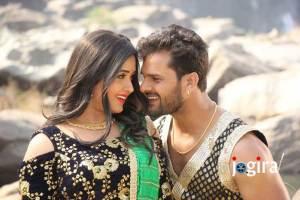 काजल राघवानी और भोजपुरी सुपर स्टार खेसारीलाल यादव की फिल्म कुली No.1