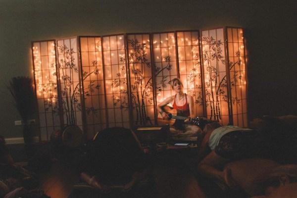 Lullaby Yoga / Live Music Yoga