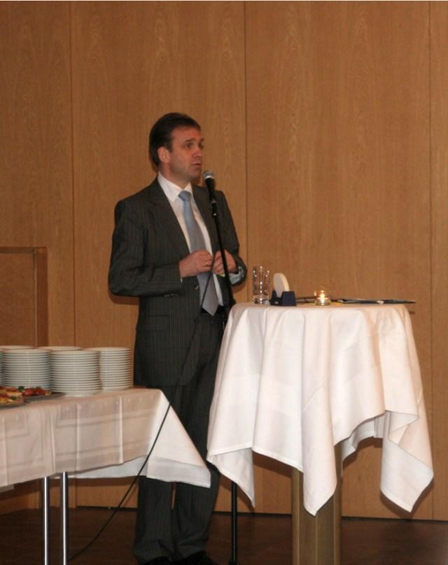 Die guten Wünsche des Ministerpräsidenten Dieter Althaus zur Amtseinführung.