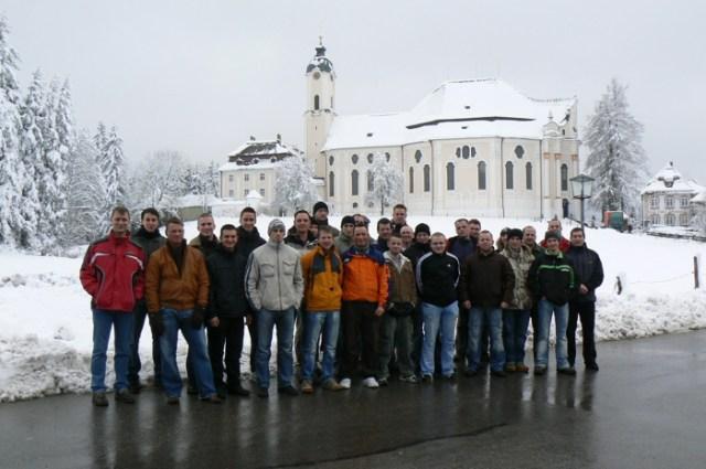 Aufstellung vor der berühmten Wieskirche / Steingaden, Dezember 2007.
