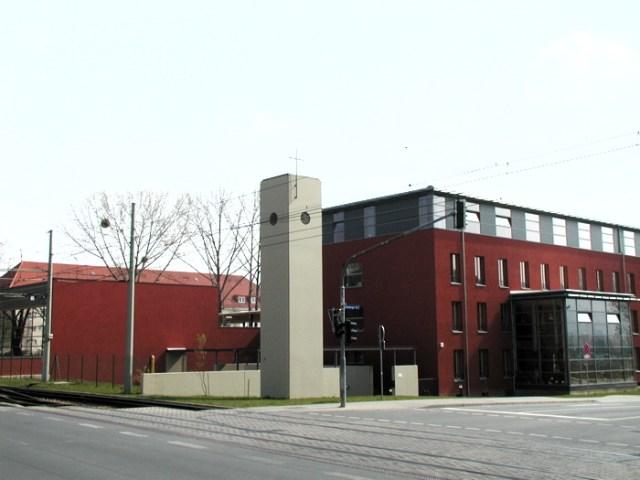 Fertiges Gymnasium 2001