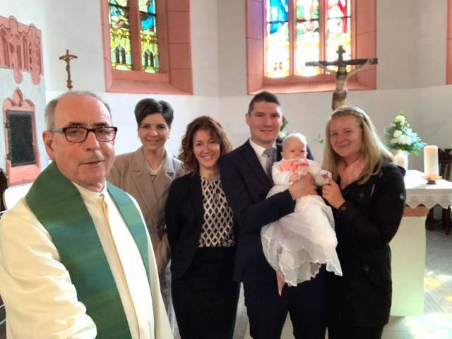 Taufe Lena im Kirchenkreis Eisfeld
