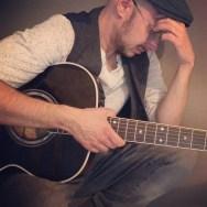 john-ian-guitar