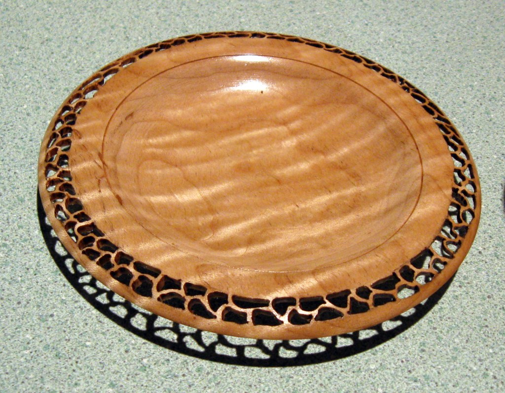 ART-Lacey-Maple-Plate