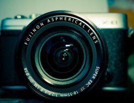 Recenzie Fujifilm X-E1 cu obiectiv 18-55 mm