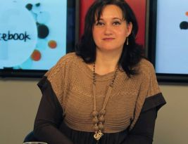Daniela Burlacu, profesoară de limba şi literatura română