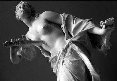 sculpture-rape-lucretia-suicide