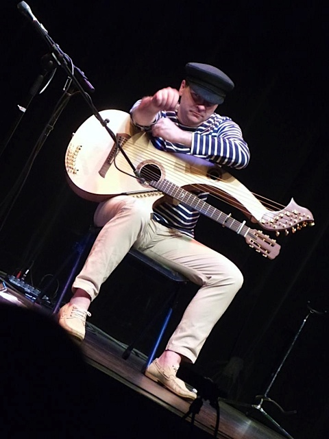16.Yaouen Harp Guitar Festival 2013