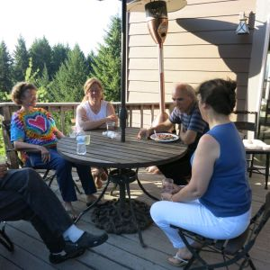 8. Harp Guitar Retreat 2014 Potluck2