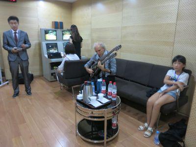 19.5 John Doan Back Stage Xian