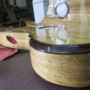 22. Jeffery Yong Harp Guitars