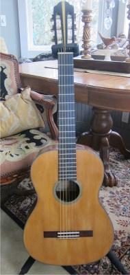 de-bonis-classical-guitar-2