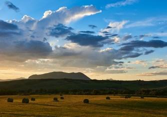 sleeping giant sunset hay