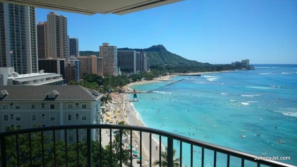 The-Moana-Surfrider-A-Westin-Resort-Spa-Hawaii-001-610x343