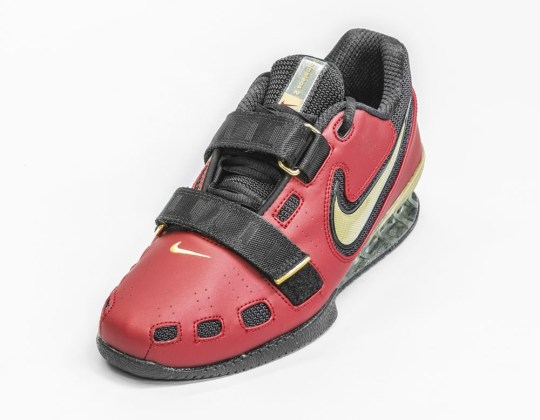 Red Nike Romaleos2