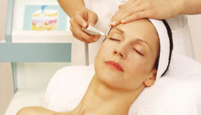 Advantages of Local Anesthesia for Facial Rejuvenation