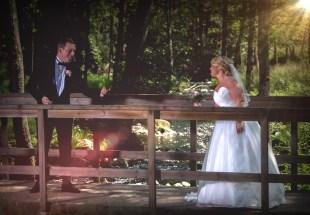 bröllopsporträtt lekfull fotografering