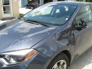 2015ToyotaCorolla_DarkGrey_Before3