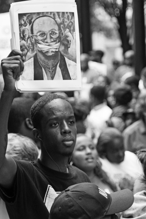 Ishmael Bolden Protesting for Troy Davis Marla Puziss