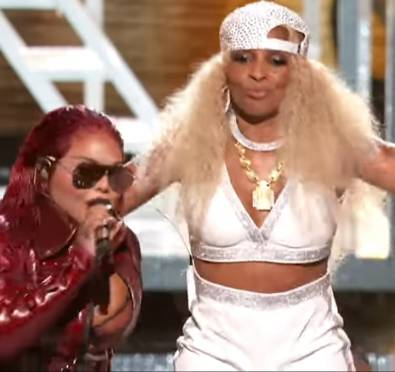 Regina Hall Tributes D.C./Gogo, Cardi B Delivers Explosive Opening, Mary J. Blige Takes Us Down Memory Lane with EPIC Lifetime Achievement Performance at 2019 BET Awards & More [Performances & Winners List]