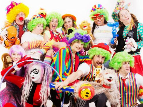 Hire children's entertainers in Toronto