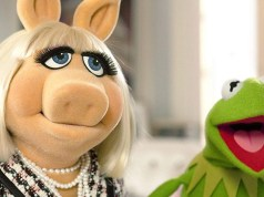 MISS PIGGY KERMIT