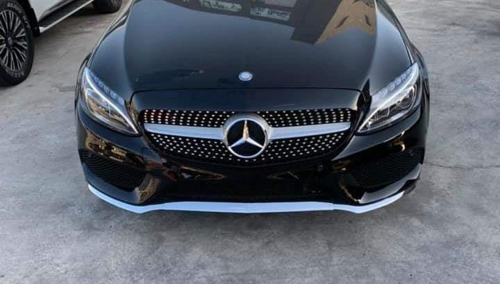 Mercedes c 300 4 Matic 2015