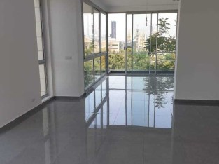 Apartment for sale in Down Town
