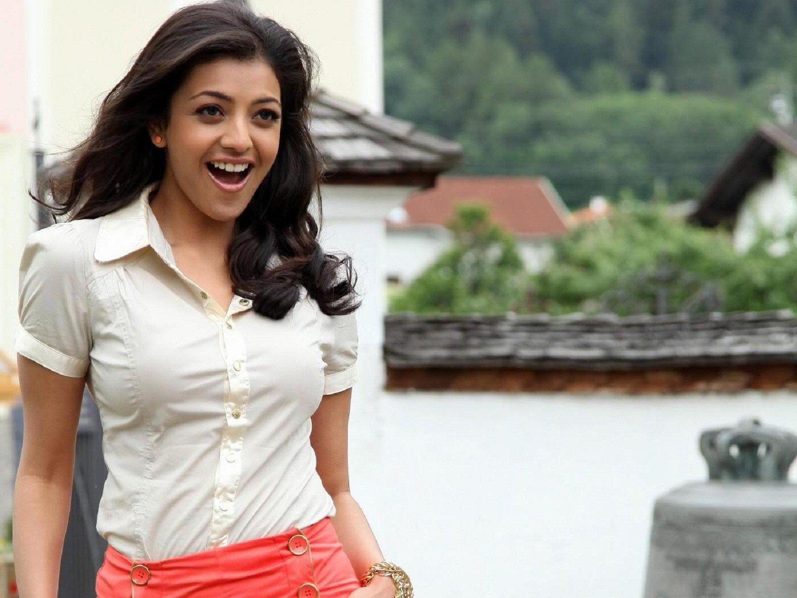 download kajal agarwal hd wallpapers