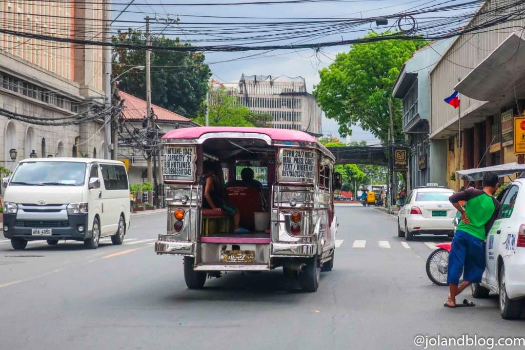 Jeepney | Transportes em Manila