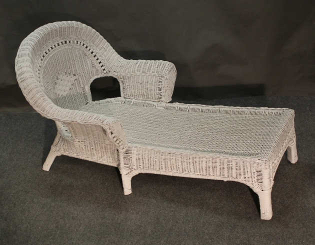 Shaped Chaise L Couch And Recliner