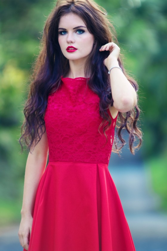red-lace-midi-dress-worn-by-blogger