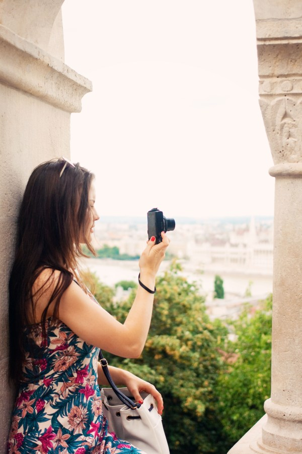 taking-photos-at-fishermans-bastion