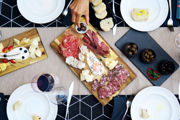cheese-and-ham-platter-to-share
