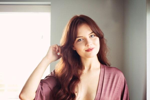 wavy-brunette-hair