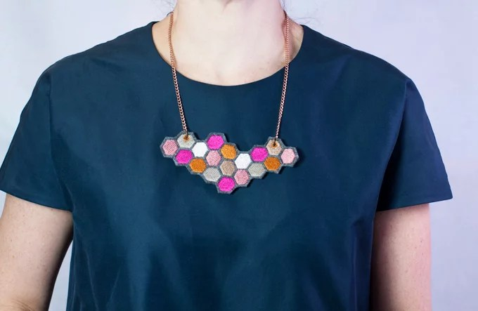 hexagon-aus-680