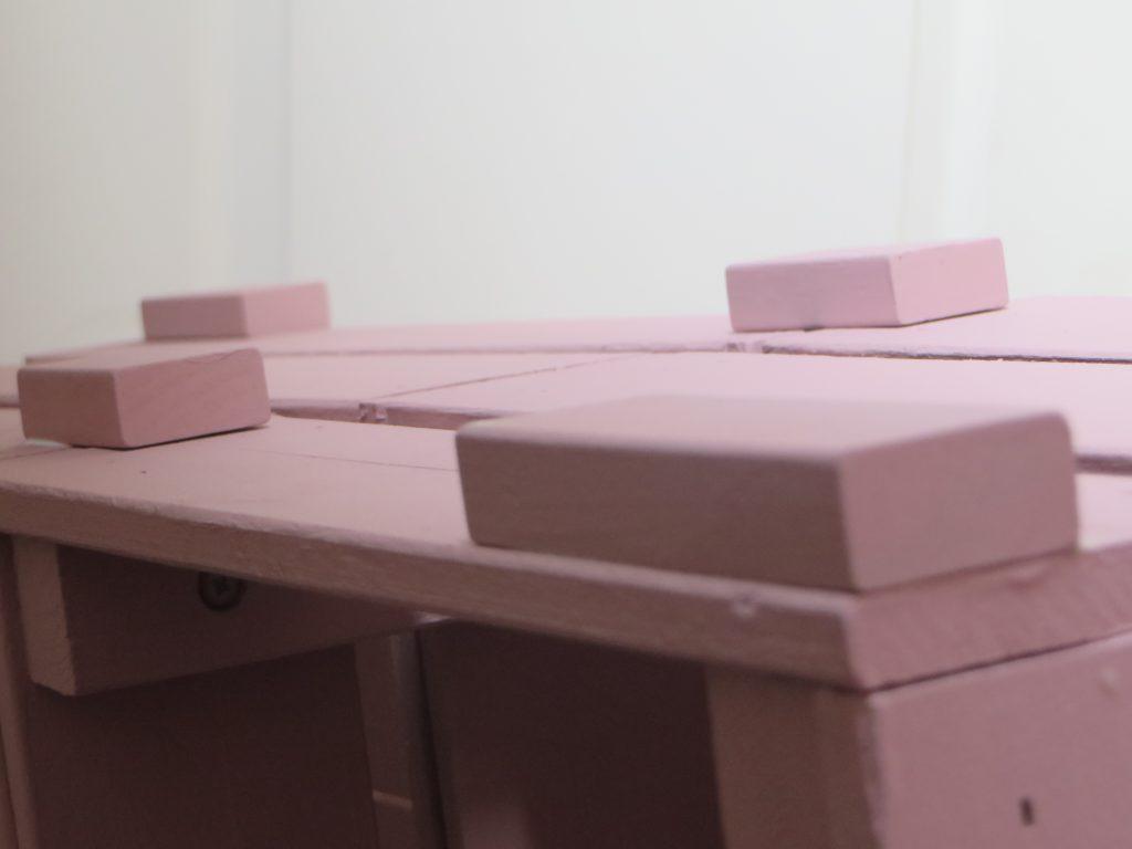 Une Bibliothque Fabrique Avec Des Caisses En Bois Joli
