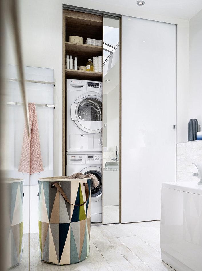 cacher un lave linge dans une salle de