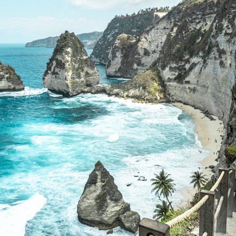 Bali : Nusa Penida, l'île des merveilles - Diamond Beach | Jolis Carnets