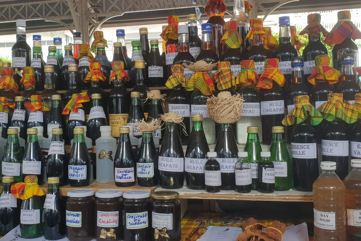 Guadeloupe : marché aux épices | Jolis Carnets