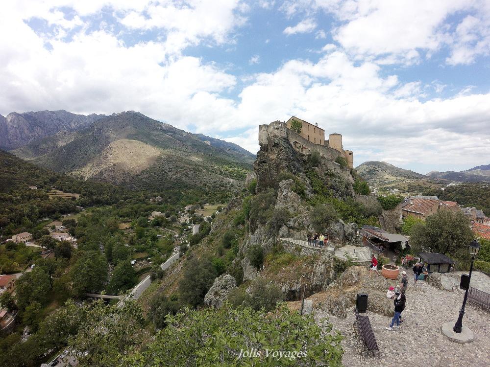 10 idees pour decouvrir la Haute Corse : la citadelle de Corte et la ville fortifiee #Corse #Plage #France #Voyage