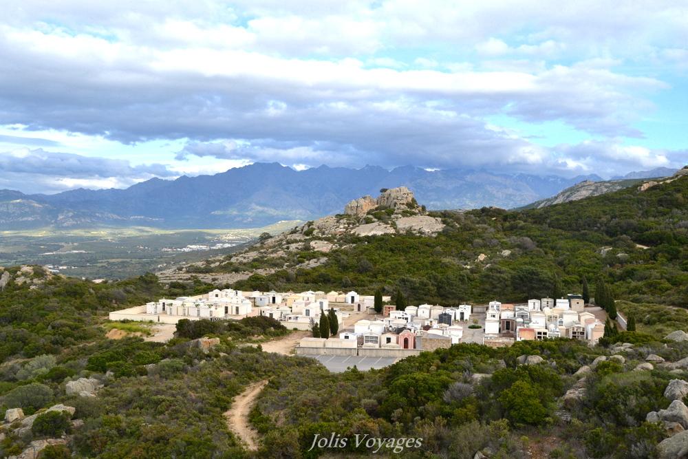 10 idees pour decouvrir la Haute Corse ND de la Serra #Corse #Plage #France #Voyage