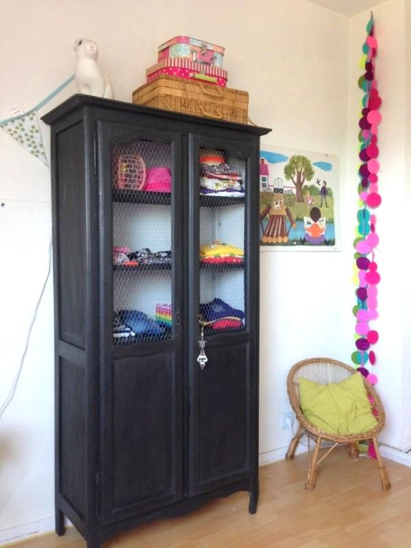 Dressing vintage pour chambre d 39 enfant joli tipi - Armoire ancienne 2 portes ...