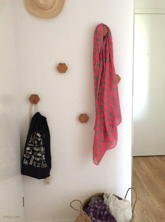 DIY composition de patère en bois et liège - Joli Tipi (2)