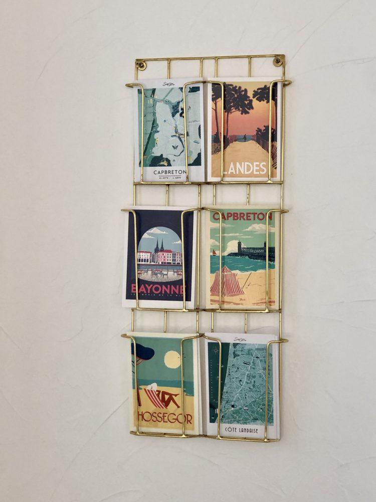 présentoir cartes postales déco