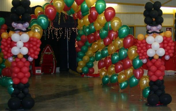 Entrance to santas Grotto in balloons