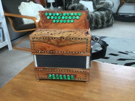 Nicks box6 (1)