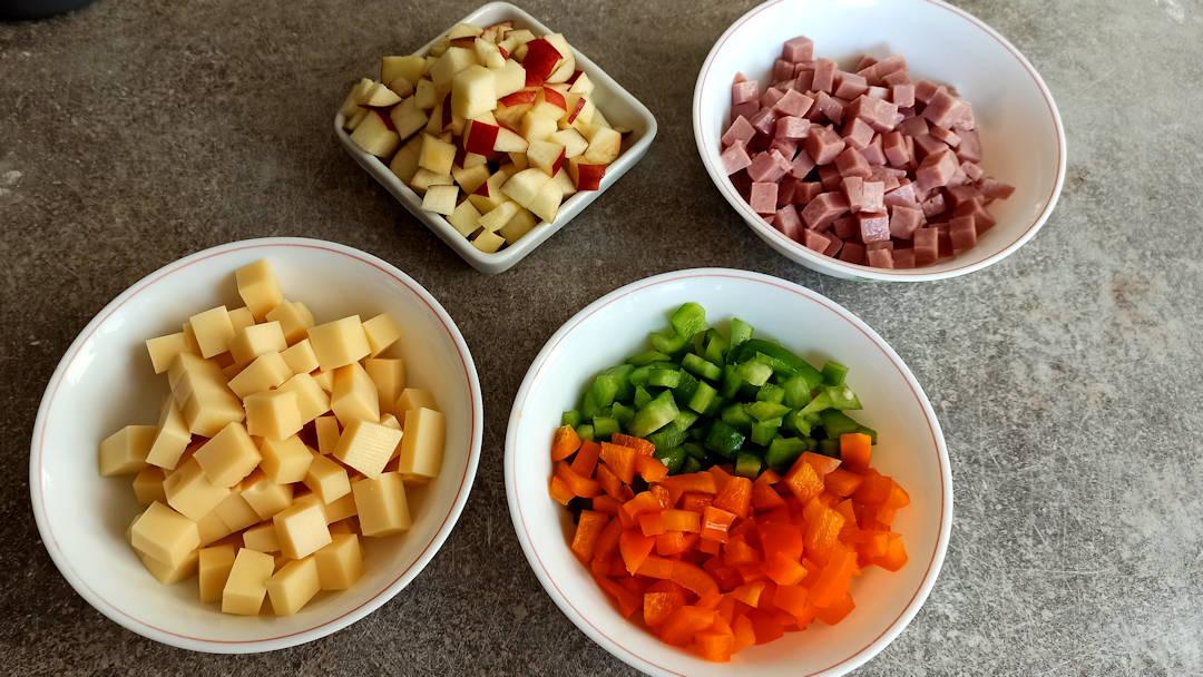Les ingrédients coupés en cubes