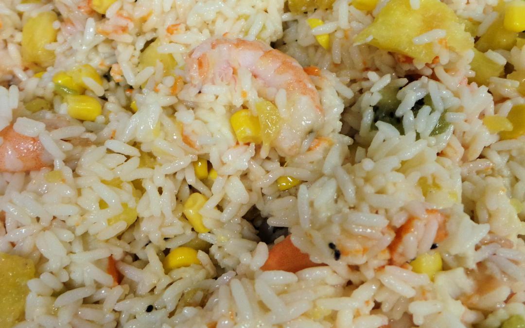 Salade de riz hawaïenne