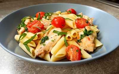 Penne au poulet à l'italienne